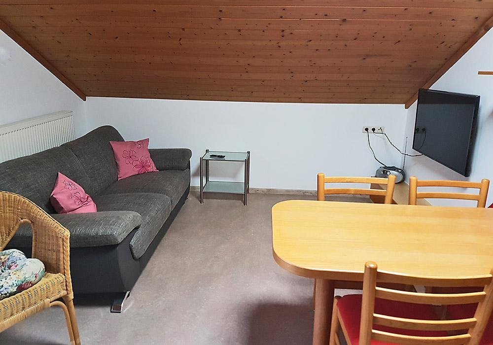 so wohnen sie. Black Bedroom Furniture Sets. Home Design Ideas